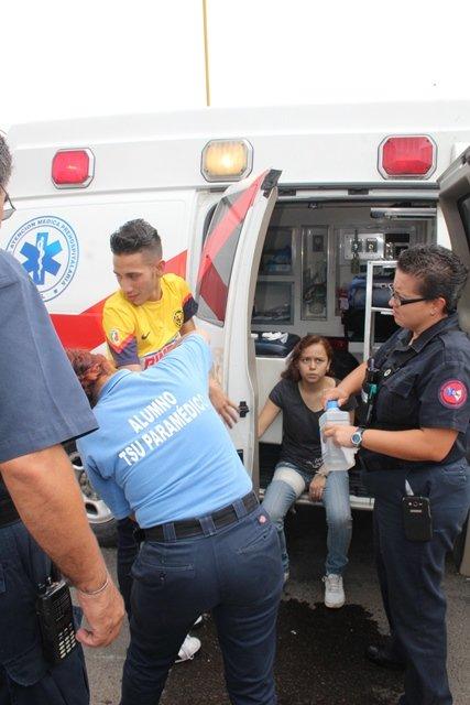 ¡3 lesionados, uno de ellos policía municipal, tras el choque entre 2 motocicletas en Aguascalientes!