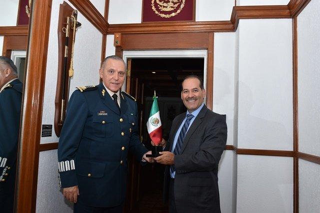 ¡Martín Orozco se reunió con el Secretario de la Defensa Nacional!