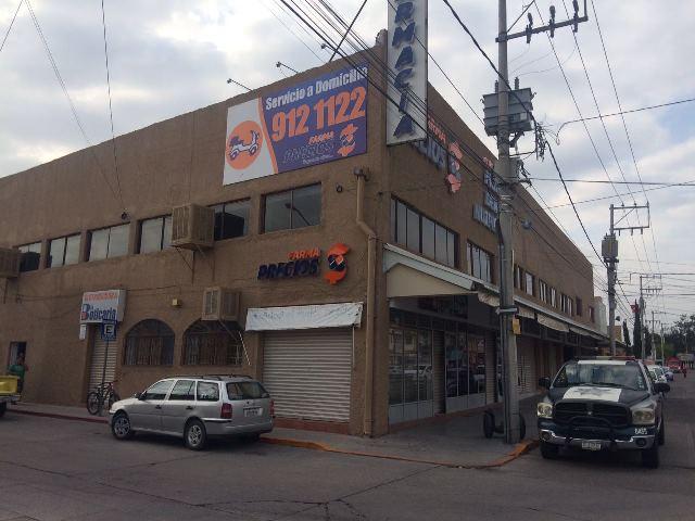 ¡Pistoleros asaltaron una farmacia en Aguascalientes y lograron botín de $300 mil!