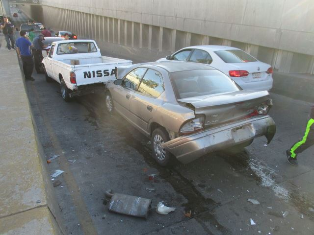 ¡Fuerte carambola entre 4 vehículos en Aguascalientes!
