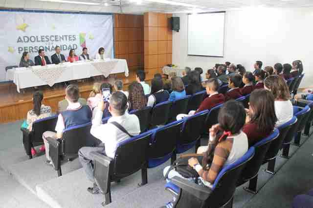 ¡Llevó DIF Municipal de Jesús María programa de valores a jóvenes de secundaria y bachillerato!