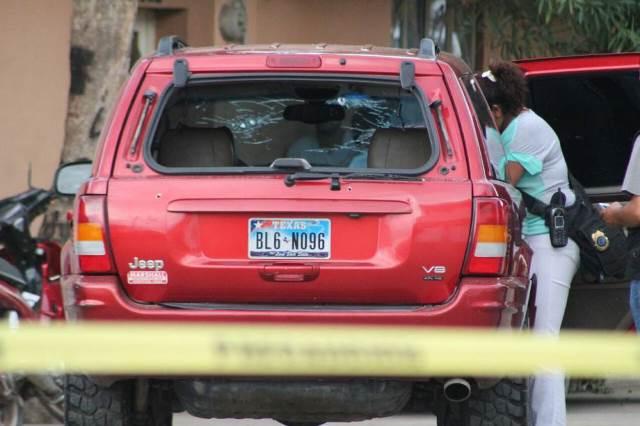¡Sicarios intentaron ejecutar a tiros a un policía federal en Calera y lo hirieron!