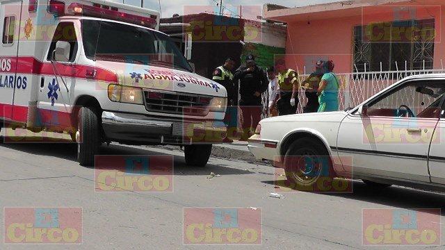 ¡Niño de 2 años de edad murió tras caer del cofre de un auto en Fresnillo!