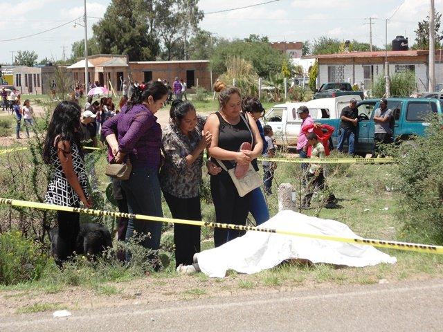 ¡Murió adolescente motociclista embestido por una camioneta en Aguascalientes!