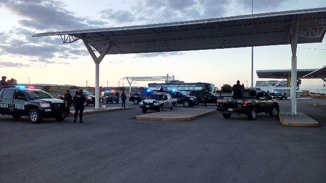 ¡2 pistoleros consumaron violento asalto en un autobús de pasajeros en Aguascalientes!