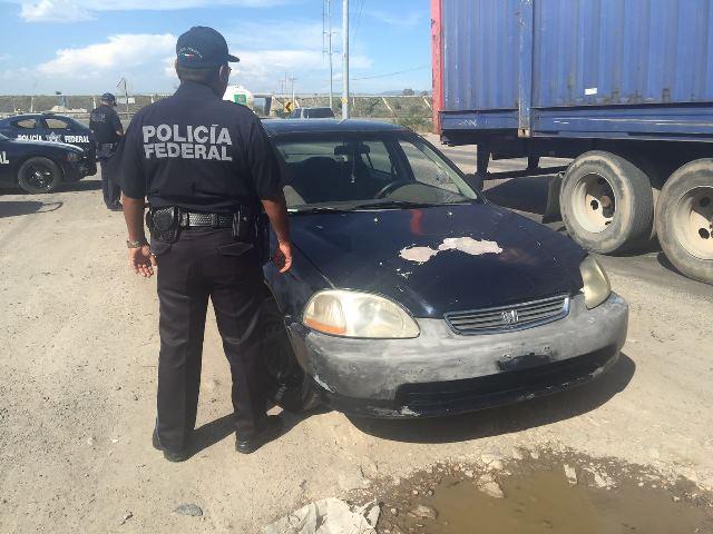 ¡Policías federales detuvieron a un sujeto en Lagos de Moreno con un auto robado en Aguascalientes!