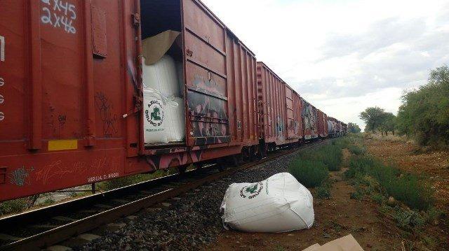 ¡Delincuentes sabotearon un tren para saquearlo en Aguascalientes!