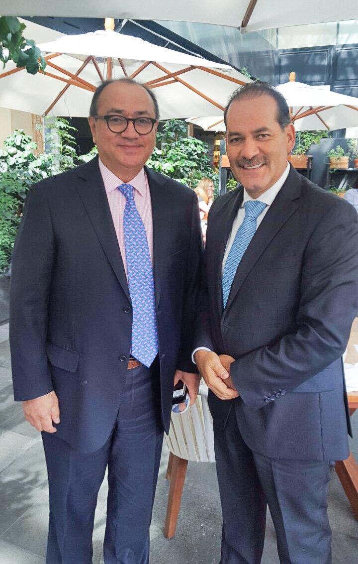 ¡Se reunió Martín Orozco con subsecretario de la SEP, Otto Granados!