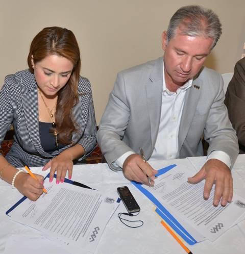 ¡Firma Tere Jiménez alianza de trabajo con el Consejo Coordinador Empresarial de Aguascalientes!