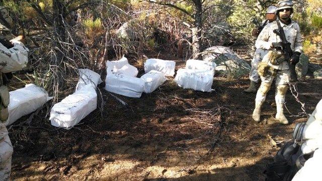 ¡Fuerzas militares descubrieron traslado aéreo de drogas en Baja California!