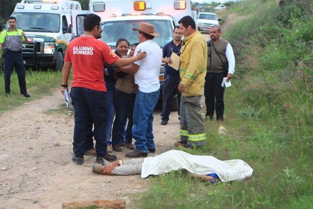 ¡1 muerto y 5 lesionados tras fuerte choque-volcadura en Aguascalientes!