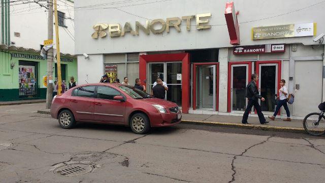 ¡Primer asalto bancario en Aguascalientes y ocurrió en el Centro de la capital!