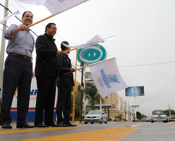 ¡Entrega alcalde de la capital renovada infraestructura vial al norte de la ciudad!