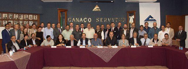 ¡Presenta MOS programa de sucesión de gobierno 2016-2022 ante CANACO AGS!