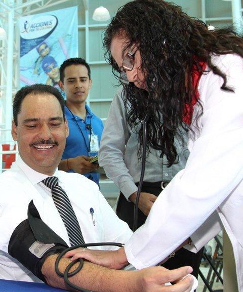 ¡Ofrece Gobierno Municipal atención médica a familias de escasos recursos!