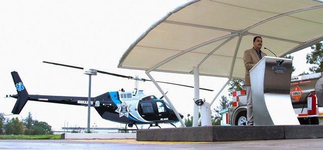 ¡Presenta alcalde de la capital nueva imagen del helicóptero municipal!