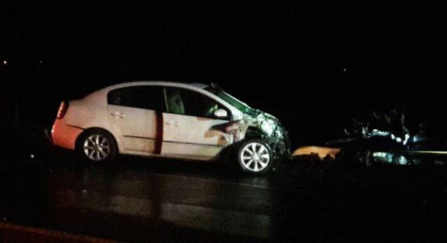 ¡3 muertos de Zacatecas y 4 lesionados tras choque frontal entre 2 autos en Aguascalientes!