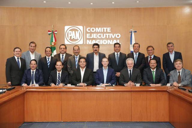 ¡Se reúne Martín Orozco con once gobernadores del PAN y su dirigente nacional Ricardo Anaya!