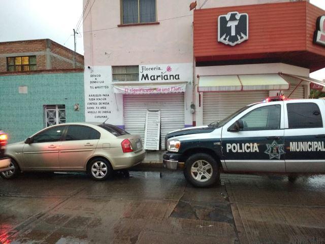 ¡Delincuente intentó saquear un negocio en Aguascalientes pero ya estaba vacío!