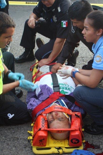 ¡Grave ciclista arrollado por un camión urbano en Aguascalientes!