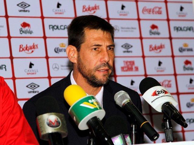 ¡Carlos López de Silanes fue presentado oficialmente como Director Deportivo de Club Necaxa!