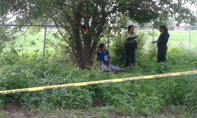 ¡Un hombre se suicidó afuera de un plantel educativo en Aguascalientes!