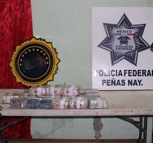 ¡Policías federales detuvieron a sujeto que robó millones de pesos de una camioneta de valores en Jalisco!