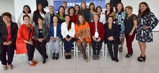 ¡Tere Jiménez se reunió con mujeres empresarias!