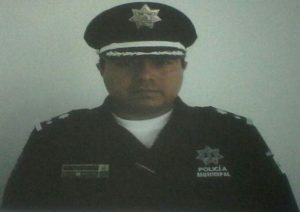 VINCULAN A PROCESO Y PRISION PREVENTIVA A 3 EX POLICIAS POR EXTORSION (1)