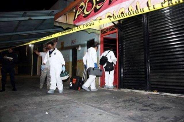 ¡Asesinaron a hombre y mujer en bar de Guadalajara; ella era de Aguascalientes!