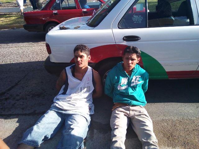 ¡Detuvieron a 2 reincidentes delincuentes tras asaltar a un panadero en Aguascalientes!