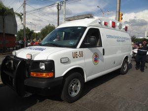 2-lesionados-choque-ambulancia-vs-taxi-independencia-y-ldc-10