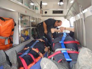 2-lesionados-choque-ambulancia-vs-taxi-independencia-y-ldc-3