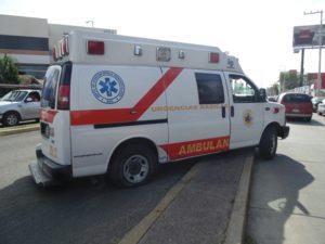 2-lesionados-choque-ambulancia-vs-taxi-independencia-y-ldc-5