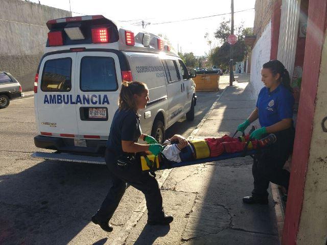 ¡Menor lesionado tras sufrir fuerte caída en su casa en Aguascalientes!