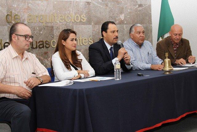 ¡Reconocen arquitectos labor del alcalde Juan Antonio Martín del Campo al frente de la Presidencia Municipal!