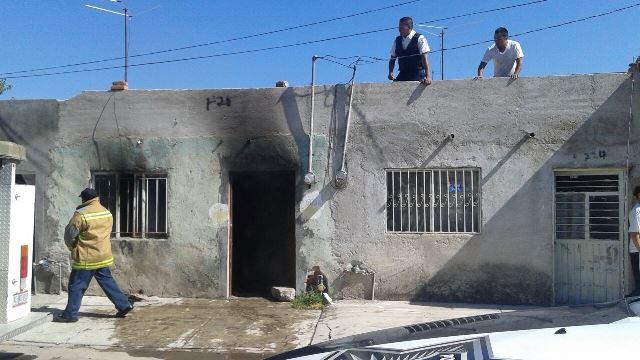 ¡Veladora provocó un incendio en una casa en Aguascalientes!