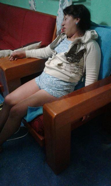 ¡Mujer intentó suicidarse en Aguascalientes y sus familiares y policías lo impidieron!