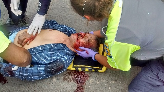 ¡Sexagenario se salvó de morir tras ser atropellado por un camión urbano en Aguascalientes!