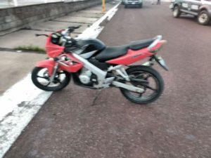 lesionado-motociclista-impactado-por-auto-en-sn-fco-romo-9