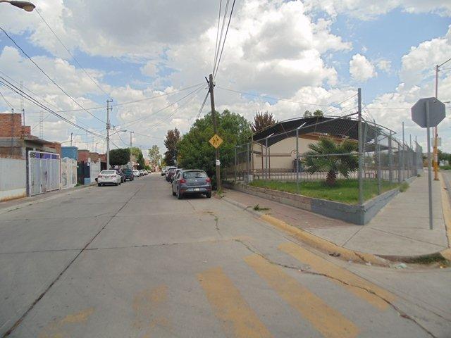 ¡Niña murió atropellada por una camioneta afuera de una escuela en Aguascalientes!