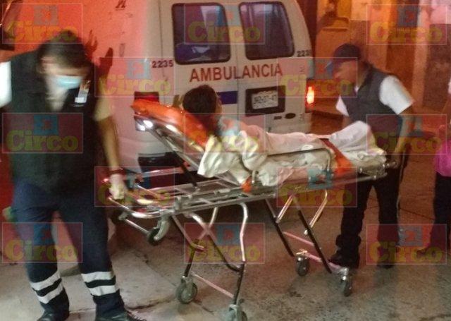 ¡Joven fue baleada en una pierna en Lagos de Moreno!