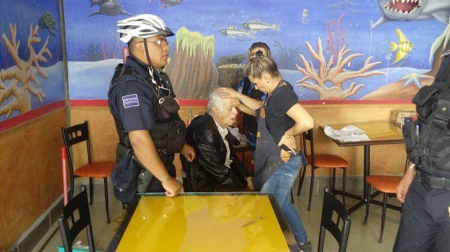 ¡Ancianito fue narcotizado por 2 mujeres para atracarlo en Aguascalientes!