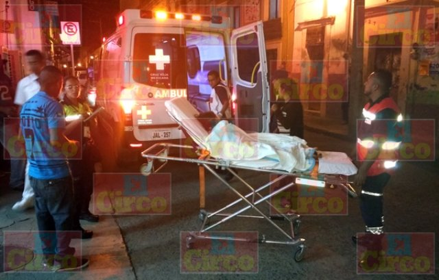 ¡Niña lesionada de consideración atropellada por una camioneta en Lagos de Moreno!