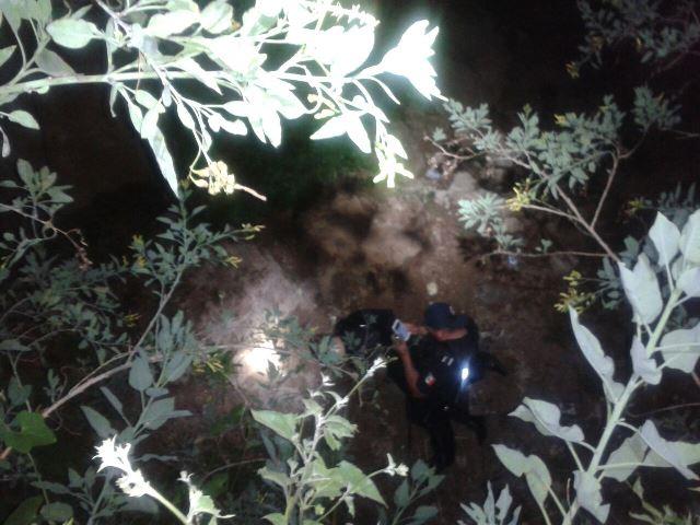 ¡Policía municipal de San Francisco de los Romo resultó lesionado tras caer a un barranco!
