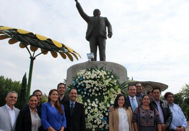 ¡Conmemora el PAN el 27 aniversario luctuoso de El Maquío!