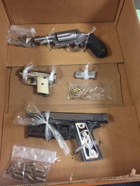 ¡Detuvieron a 3 sujetos con 3 armas de fuego en Aguascalientes!
