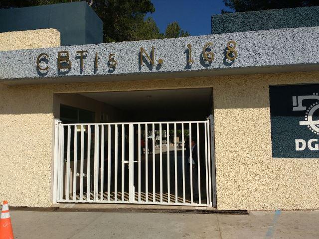 ¡Amenaza de bomba provocó la evacuación de un CBTIS en Aguascalientes!