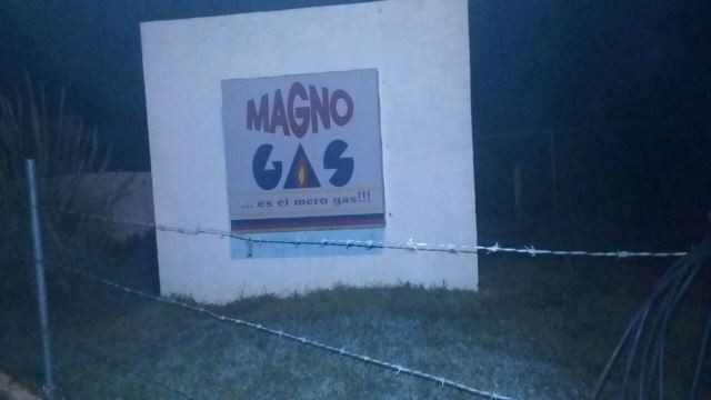 ¡2 pistoleros asaltaron una gasera en Aguascalientes!