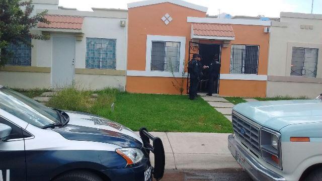 ¡Pistolero asaltó a una mujer dentro de su casa en Aguascalientes!